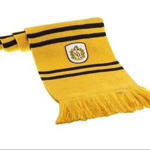 Hufflepuff cinereplicas scarf